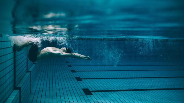 CrossFit dentro da água é a nova moda do mundo fitness