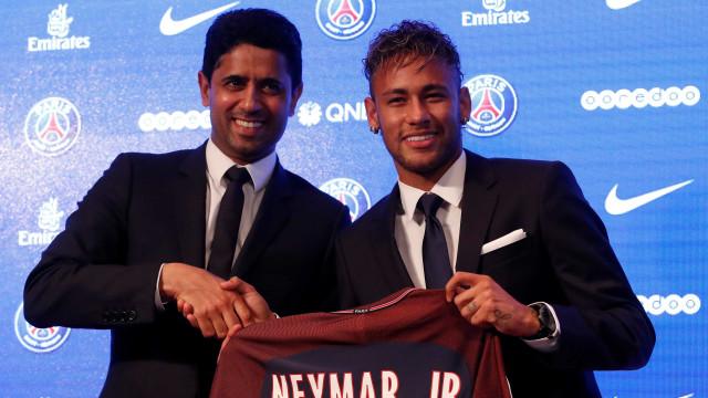 Barça só enviará liberação de Neymar após dinheiro cair na conta