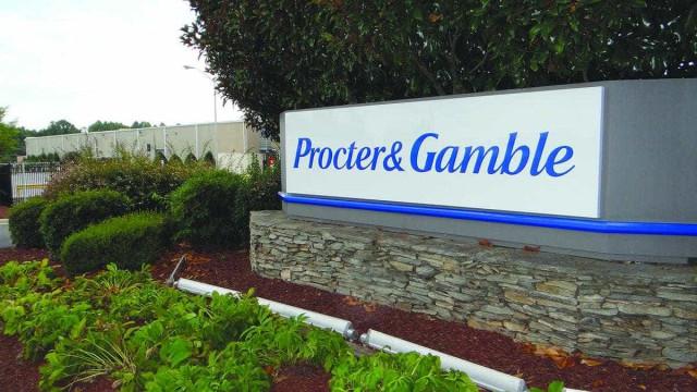 P&G muda estratégia, reduz  portfólio e tem ano recorde no país