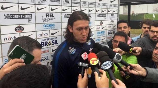Convocado, Cássio agradece Carille pela confiança: 'Me deu força'