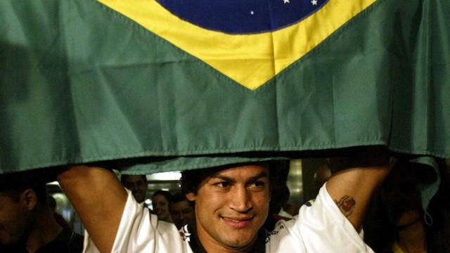 Ex-boxeador Popó fala pela 1ª vez sobre  filho homossexual
