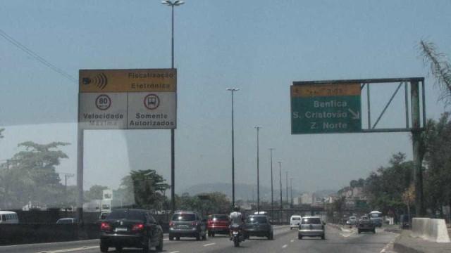 Arrastões assustam motoristas em duas das vias mais movimentadas do Rio