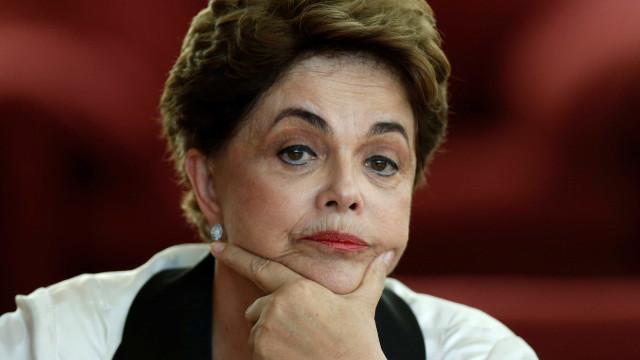 Eventual candidatura de Dilma ao Senado cria tensão entre PT e MDB