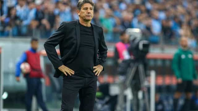 Renato Gaúcho se diz triste com demissão de Espinosa
