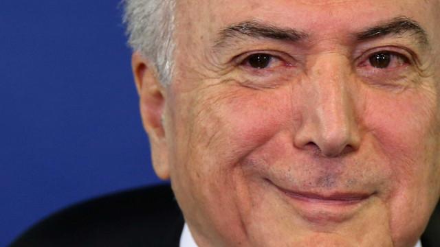 Temer se reúne com Tasso em SP e pede apoio do PSDB a reformas