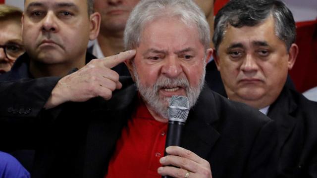 Lula diz que povo não precisa dele para retomar políticas públicas