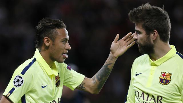 Piqué: jogadores sabiam da saída de Neymar desde casamento de Messi