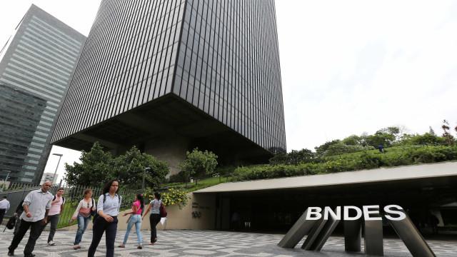 Empréstimos do BNDES devem oscilar entre R$ 110 bi e R$ 120 bi em 2018