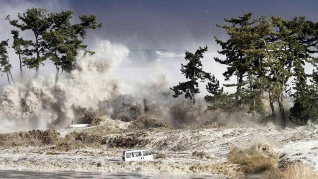 Saiba como tsunamis são criados e como desaparecem