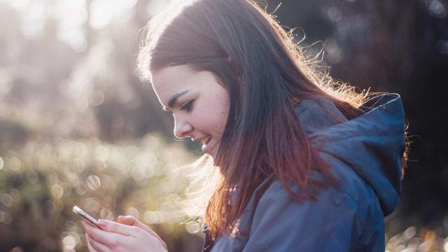 Celular é mais usado em atividades escolares do Ensino Médio