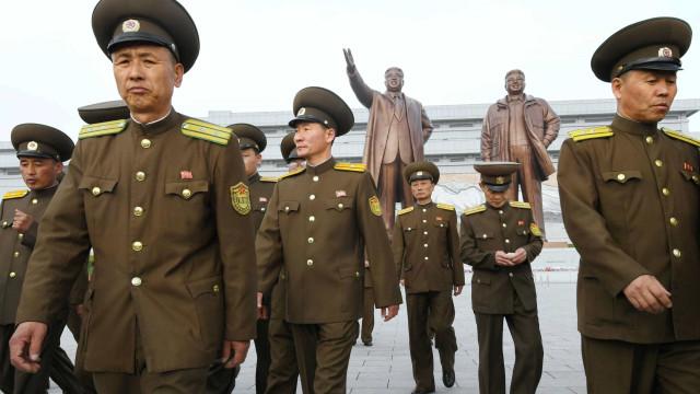 Líder norte-coreano prepara seu exército para o ataque, 'se necessário'