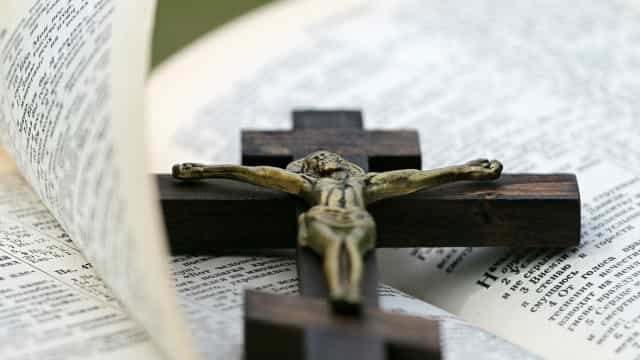 Padres presos por desvio de dízimo dizem que eram coagidos por bispo