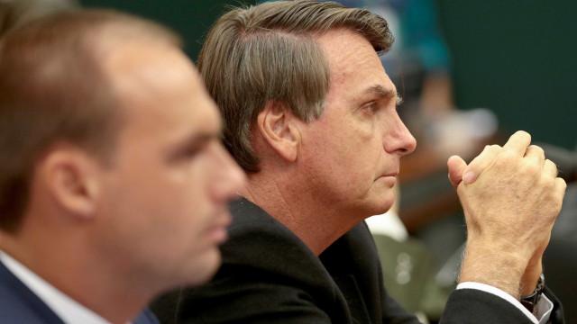 Ministério Público investiga relação de Bolsonaro com grupo neonazista
