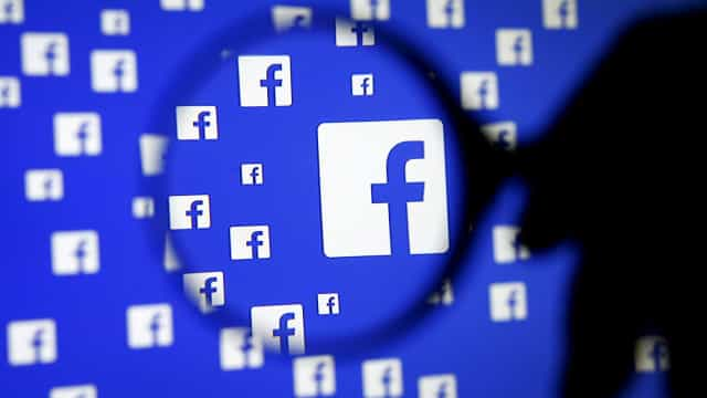 Facebook permitia anúncios voltados para grupos antissemitas