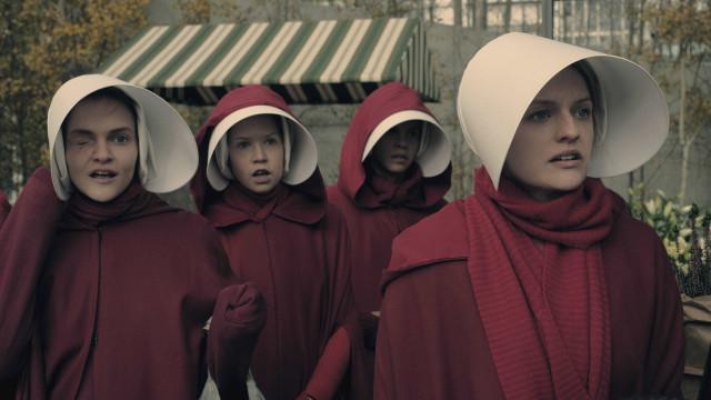 Atrizes de 'The Handmaid's Tale' gravam vídeo em prol de 'vida melhor'
