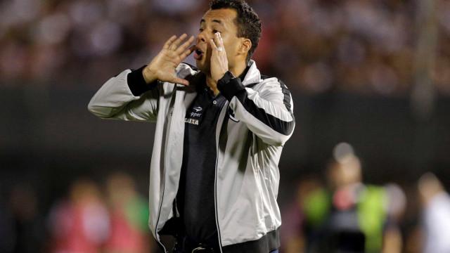 Ventura usará força máxima contra Flamengo, mas tem desfalques