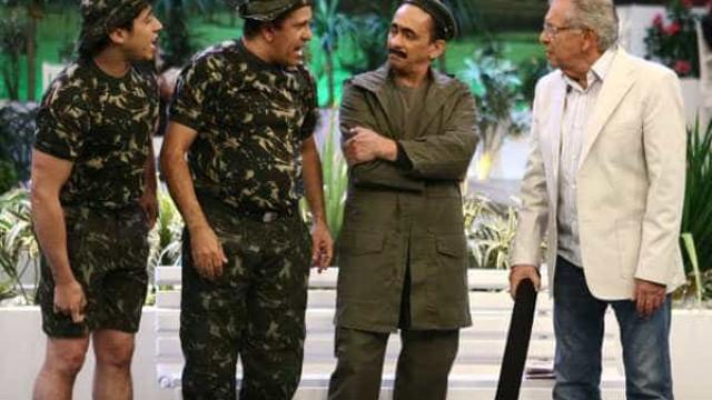 Humoristas de 'A Praça É Nossa' são demitidos após 15 anos no SBT