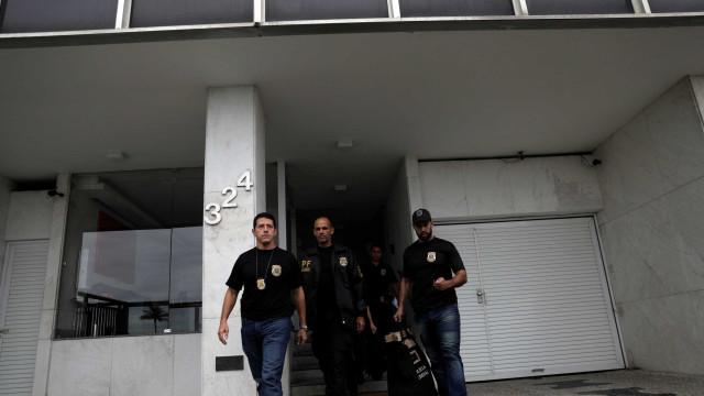 Ex-secretário de Cabral e empresários são alvo de operação da PF no Rio