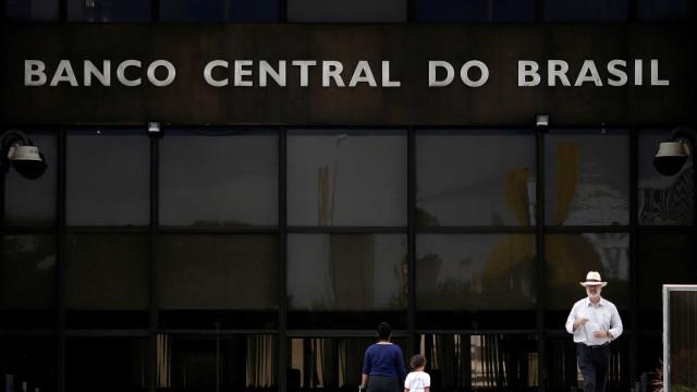 BC eleva projeção de crescimento da economia para 0,7% este ano