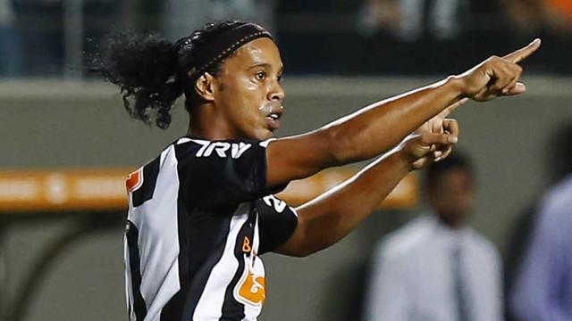 Após 3 anos, Ronaldinho Gaúcho voltará a jogar no Mineirão