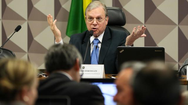 'Não me arrependo de nada', diz Tasso sobre propaganda do PSDB