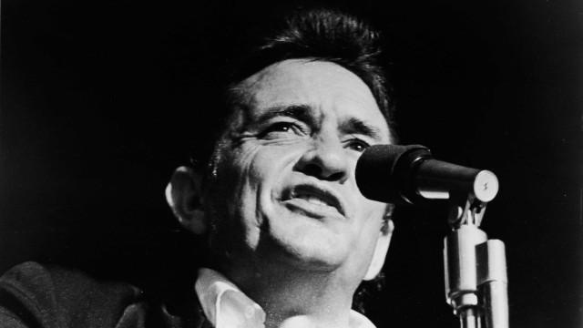 Filhos de Johnny Cash criticam neonazistas que usam imagem do cantor