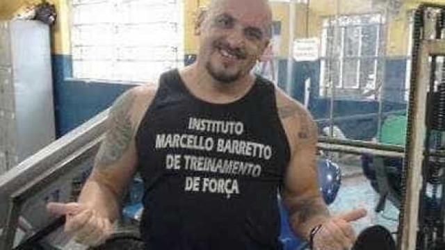 Bando que invadiu prédio no Rio e matou homem estava atrás de chinês