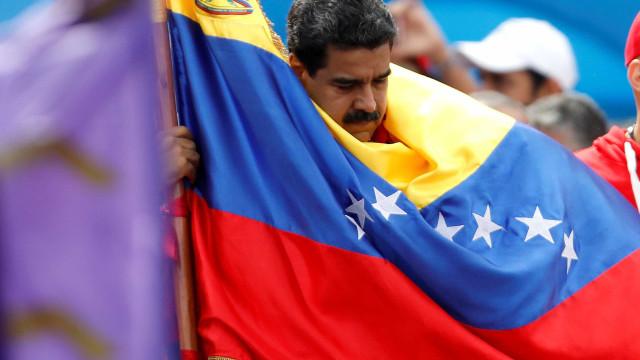 Especialistas: suspensão do Mercosul deve piorar economia da Venezuela