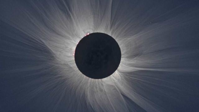 Eclipse total pode ser acompanhado ao vivo pelo aplicativo da Nasa