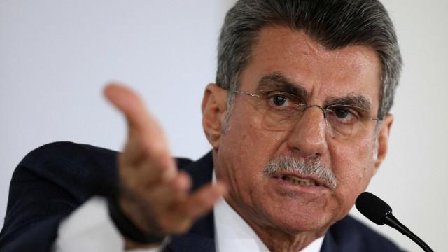 Jucá pede suspensão da fronteira de Roraima com Venezuela