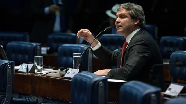 Lindbergh Farias destaca liderança de Lula nas pesquisas eleitorais