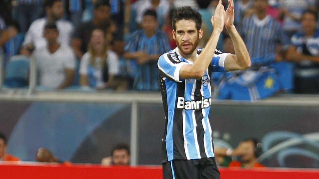 Marcelo Oliveira tem lesão na coxa e desfalca Grêmio por três semanas
