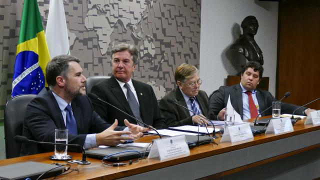 Maior abertura do Brasil ao comércio internacional favoreceria Mercosul