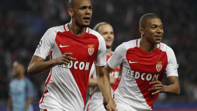 PSG pode ceder Lucas ao Monaco para contratar Mbappé e Fabinho