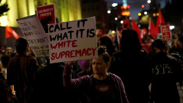 9% da população dos EUA considera aceitável ser neonazista