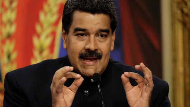 Maduro quer criação de coelhos para combater fome na Venezuela