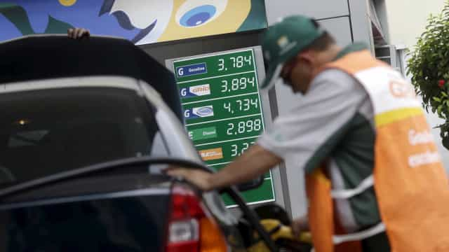 Petrobras sobe preço da gasolina pela 4ª vez seguida; alta chega a 11%
