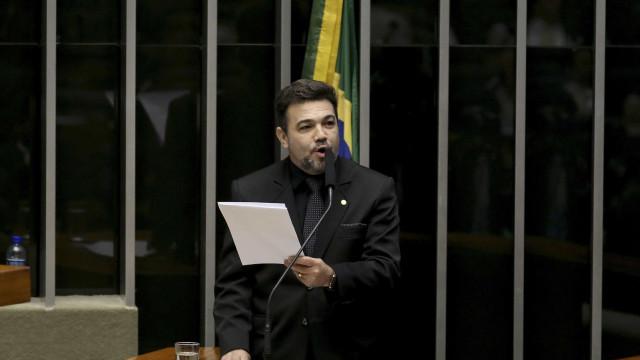 'Pseudopastor desleal' criticou bancada evangélica, diz Feliciano