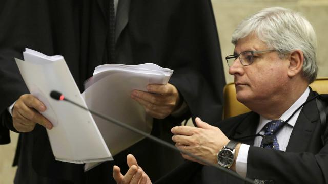 Janot quer revogar imunidade de delatores da JBS antes de sair do cargo