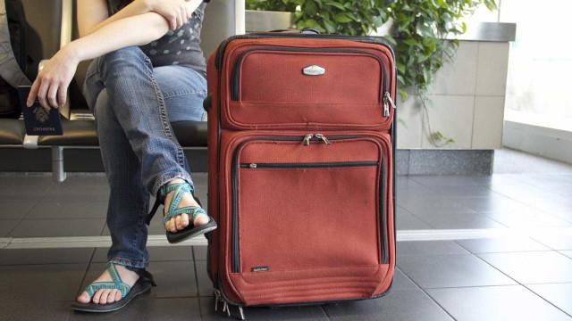 Após cobrança, cresce o número de passageiros que não despacham mala