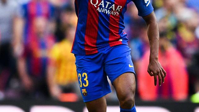 Barça negocia jogador brasileiro com clube inglês por R$ 77 milhões