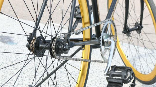 Ciclista é baleado por adolescente durante assalto de bike em São Paulo