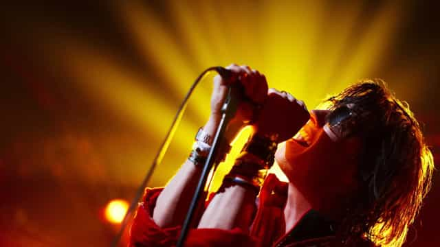 Vocalista do Strokes fará shows no Rio e em São Paulo