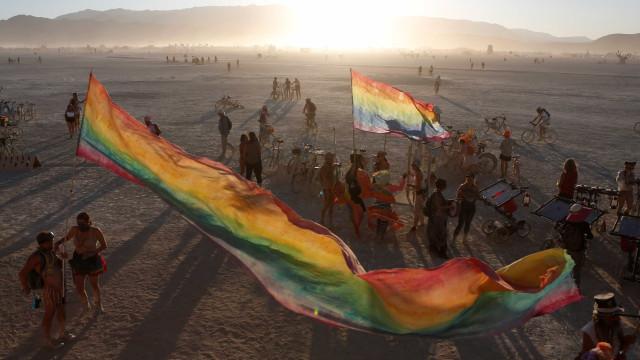 Burning Man Festival: uma experiência mística no meio do deserto