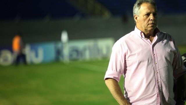 Fluminense perde e dá adeus a chance de ser bicampeão