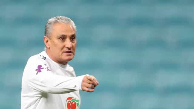 Tite ignora vaga e cobra bom desempenho da seleção brasileira