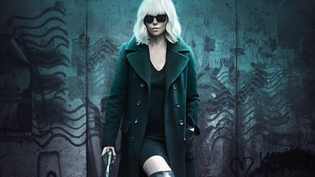Em 'Atômica', Charlize Theron briga como poucas vezes se viu