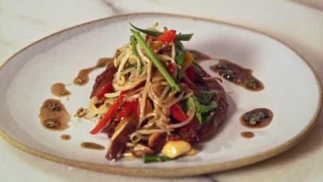 Receita: picanha Borboleta com Legumes Orientais