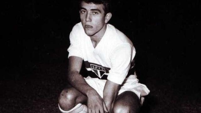 Ídolo do São Paulo e ex-atacante da seleção morre na capital paulista