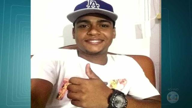 Polícia investiga morte de membro de escola de samba em barracão no Rio